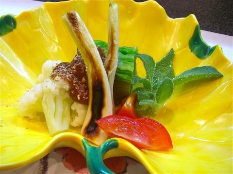 春キャベツ カリフラワー 島ラッキョウの味噌掛け