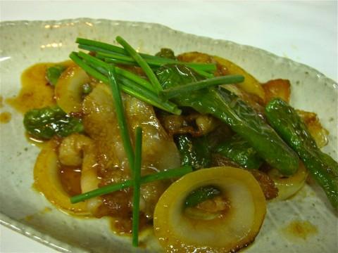 豚バラ 玉葱 ししとう生姜焼き