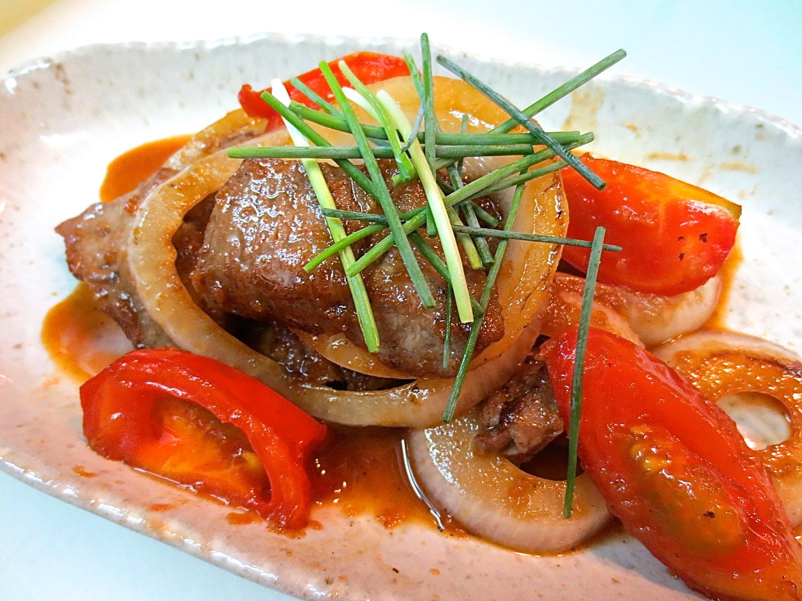 牛ロース トマト 玉葱生姜焼き