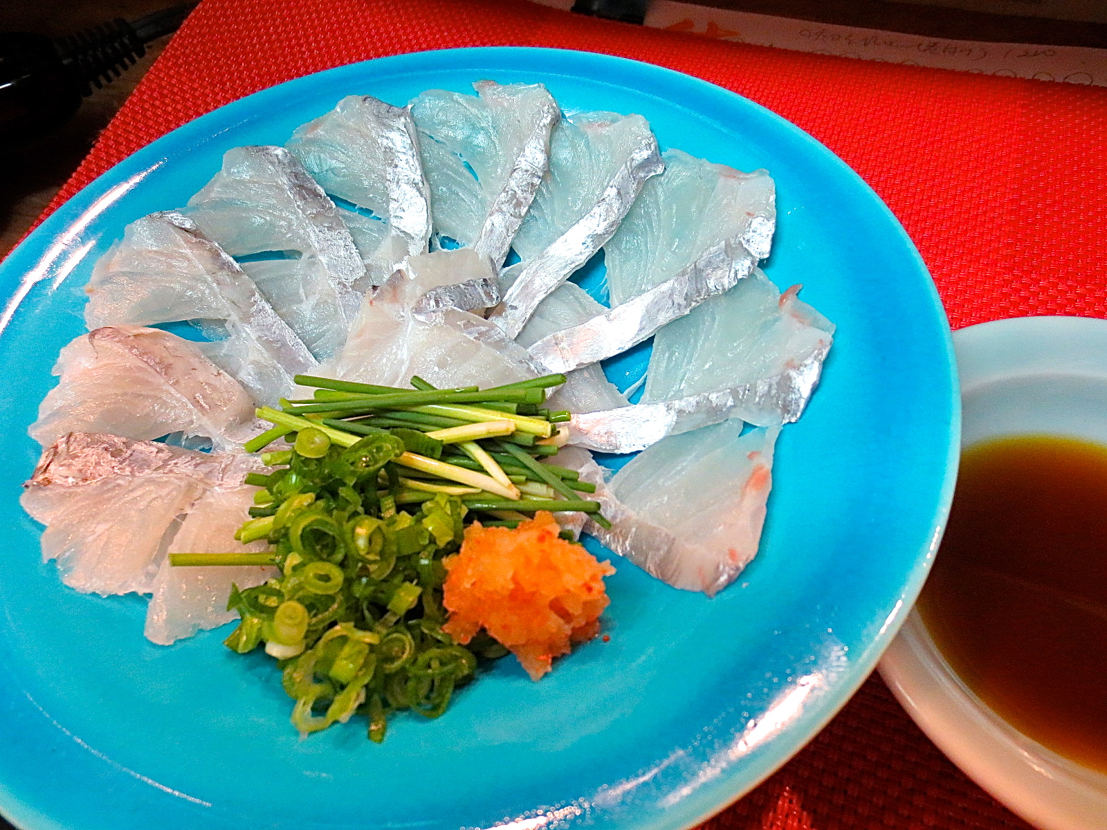 太刀魚のうす造り