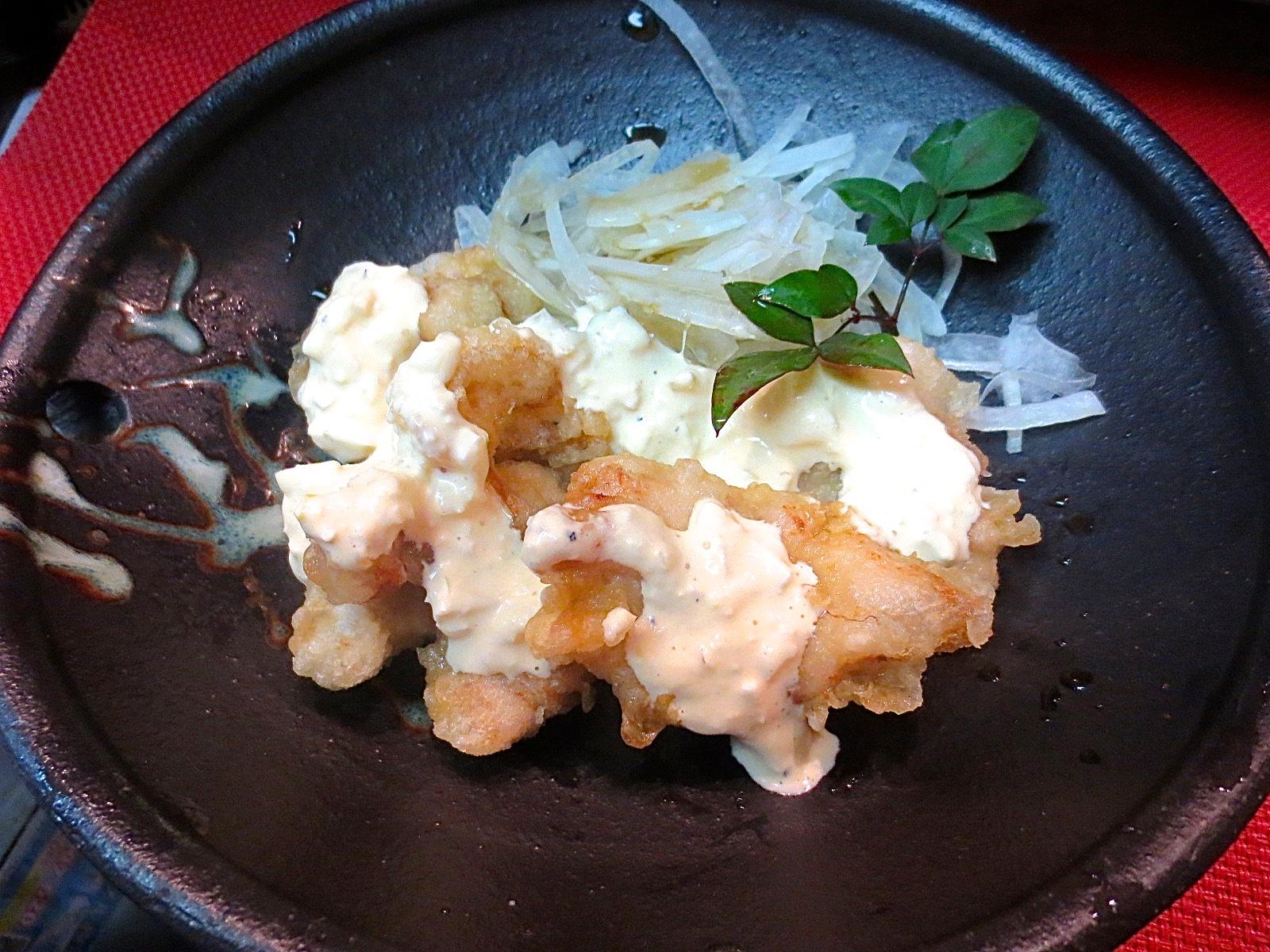地とり天ぷら(タルタルソース掛け)