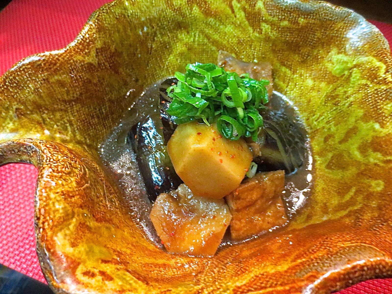 小芋、絹揚げ、茄子味噌煮