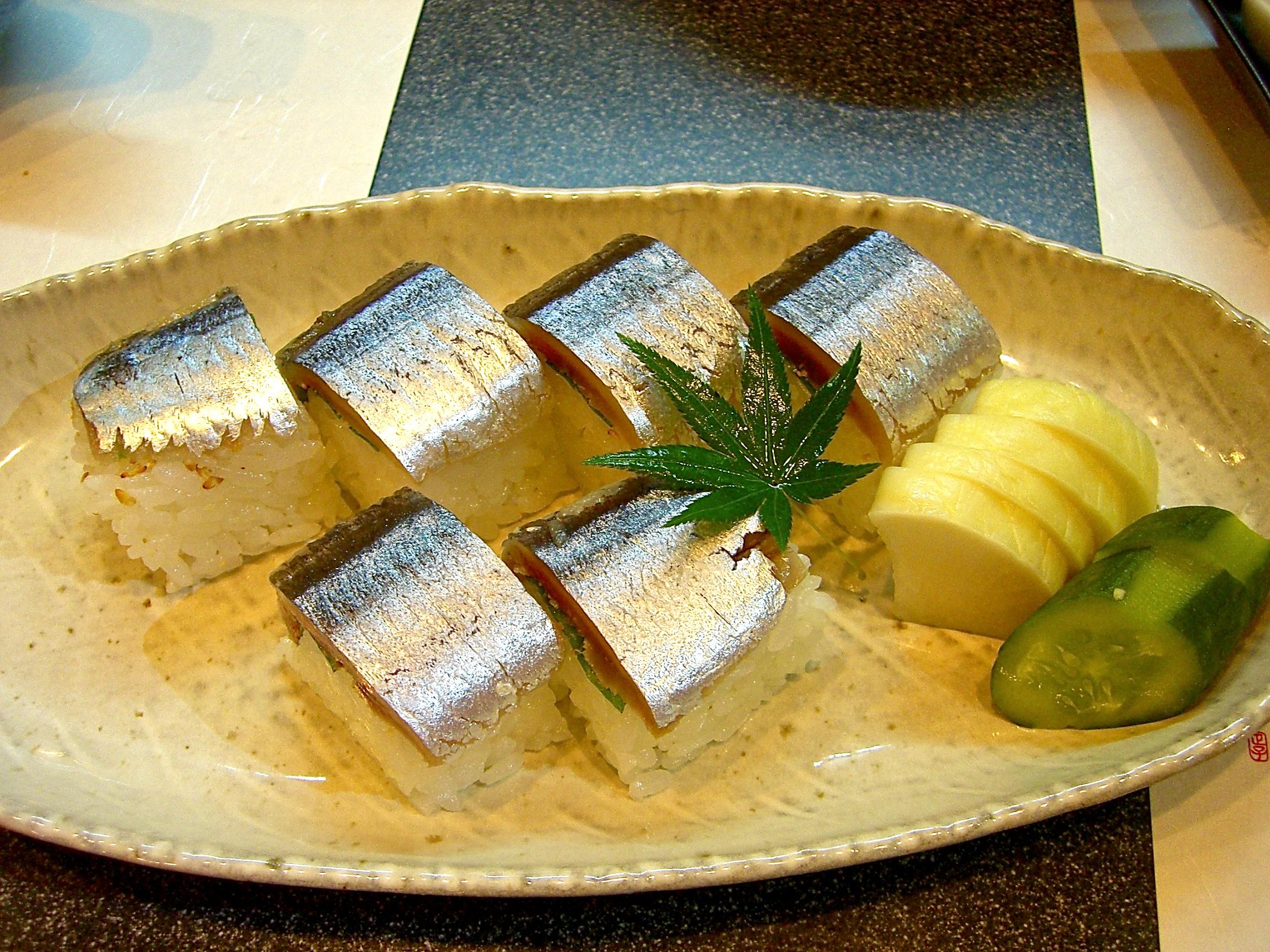 さんまの棒寿司
