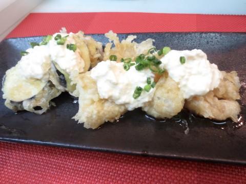 海老と茄子天ぷら(タルタルソース掛け)