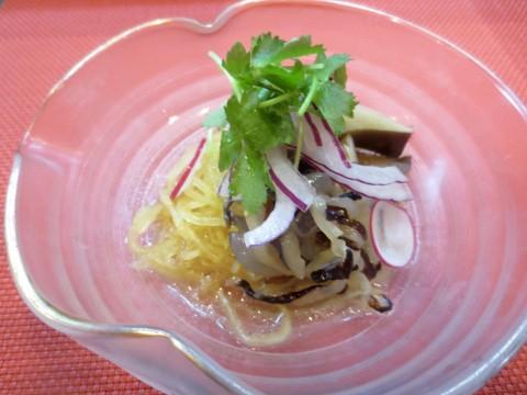 アワビ茸、ソーメン南瓜、クラゲ和え物