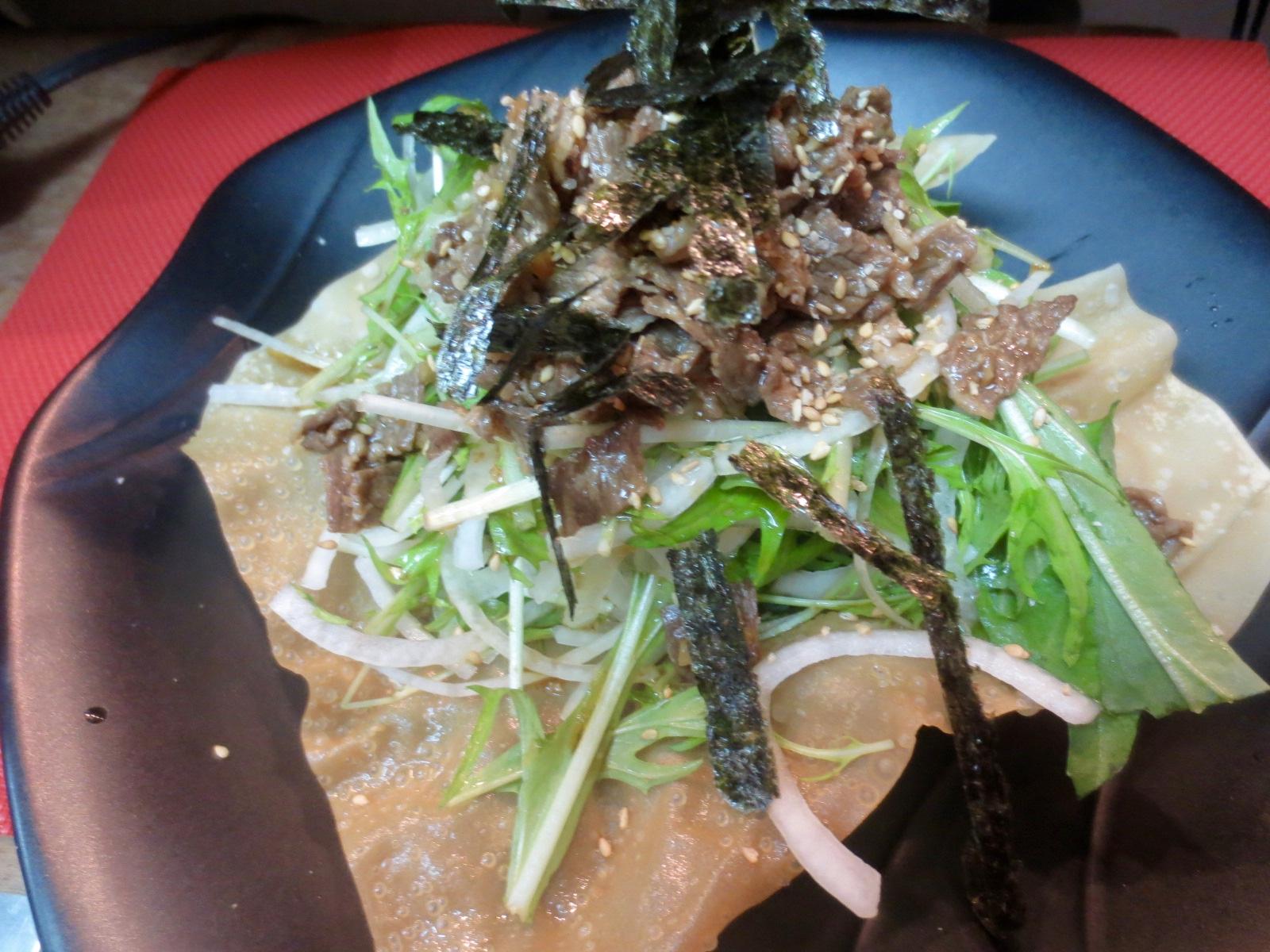 水菜と玉スラと牛しぐれサラダ