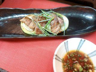 牛ロースと焼き玉葱(ポン酢)