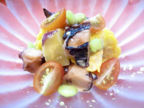 蛸、サツマイモ、コーン和え物