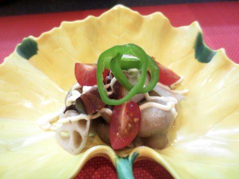 蛸、蓮根、マッシュルーム和え物