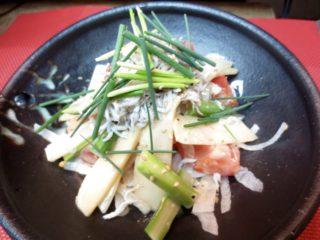 竹の子、アスパラガス、トマトしらすのせサラダ