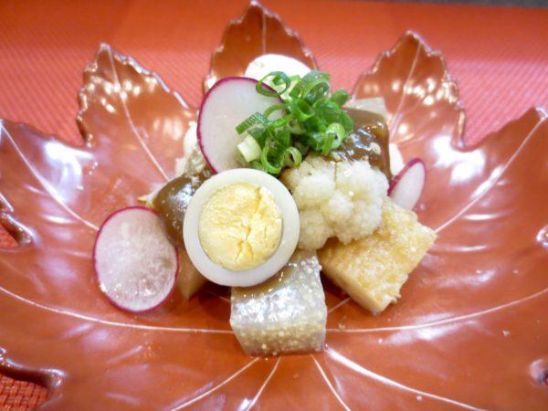 子持ちこんにゃく、平天、うずら卵味噌掛け