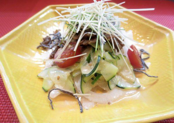 新玉ねぎ、ズッキーニ、牛しぐれ煮サラダ風