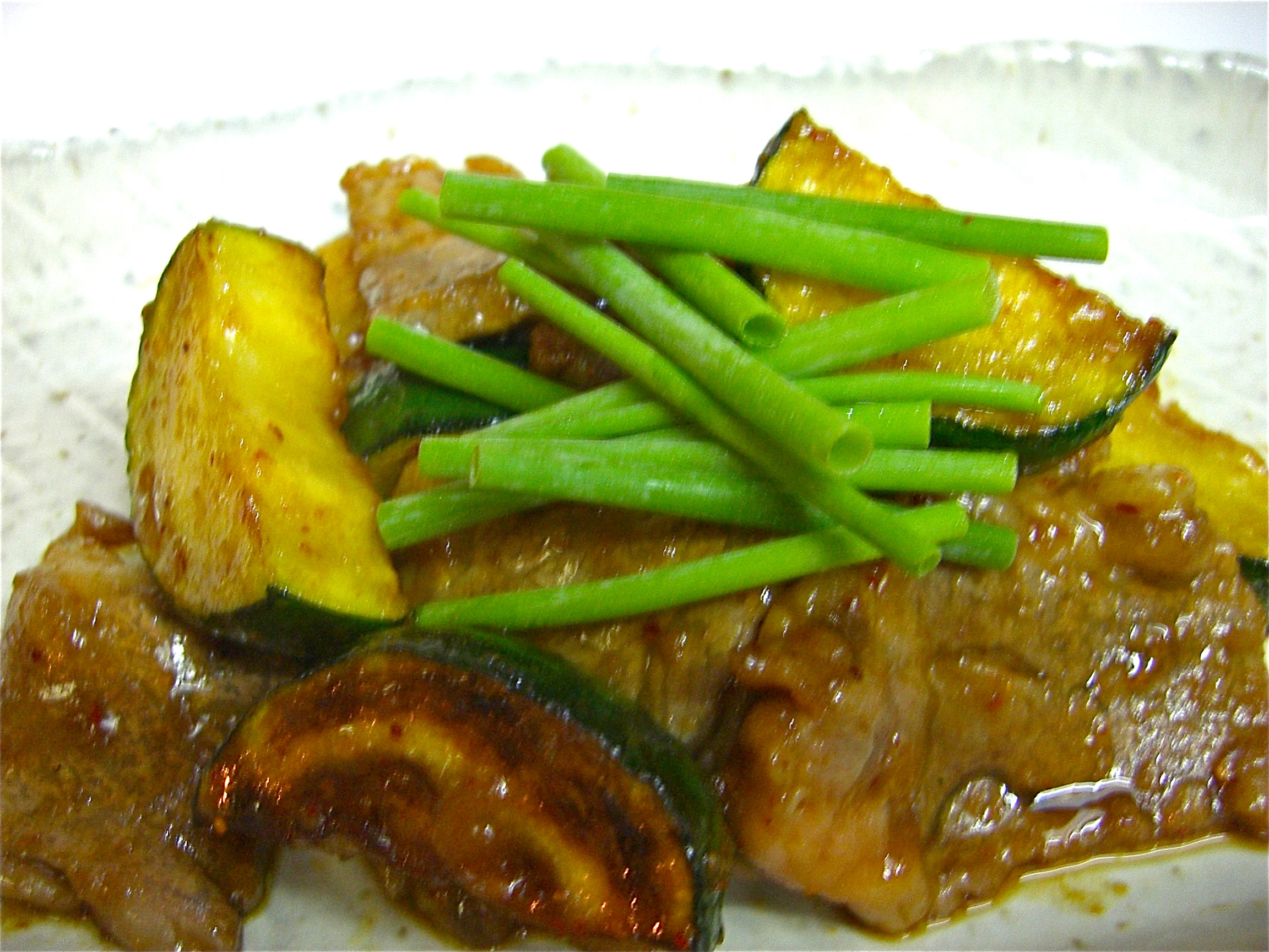 牛ロースとズッキーニの一味醤油焼き(ズッキーニー料理2)
