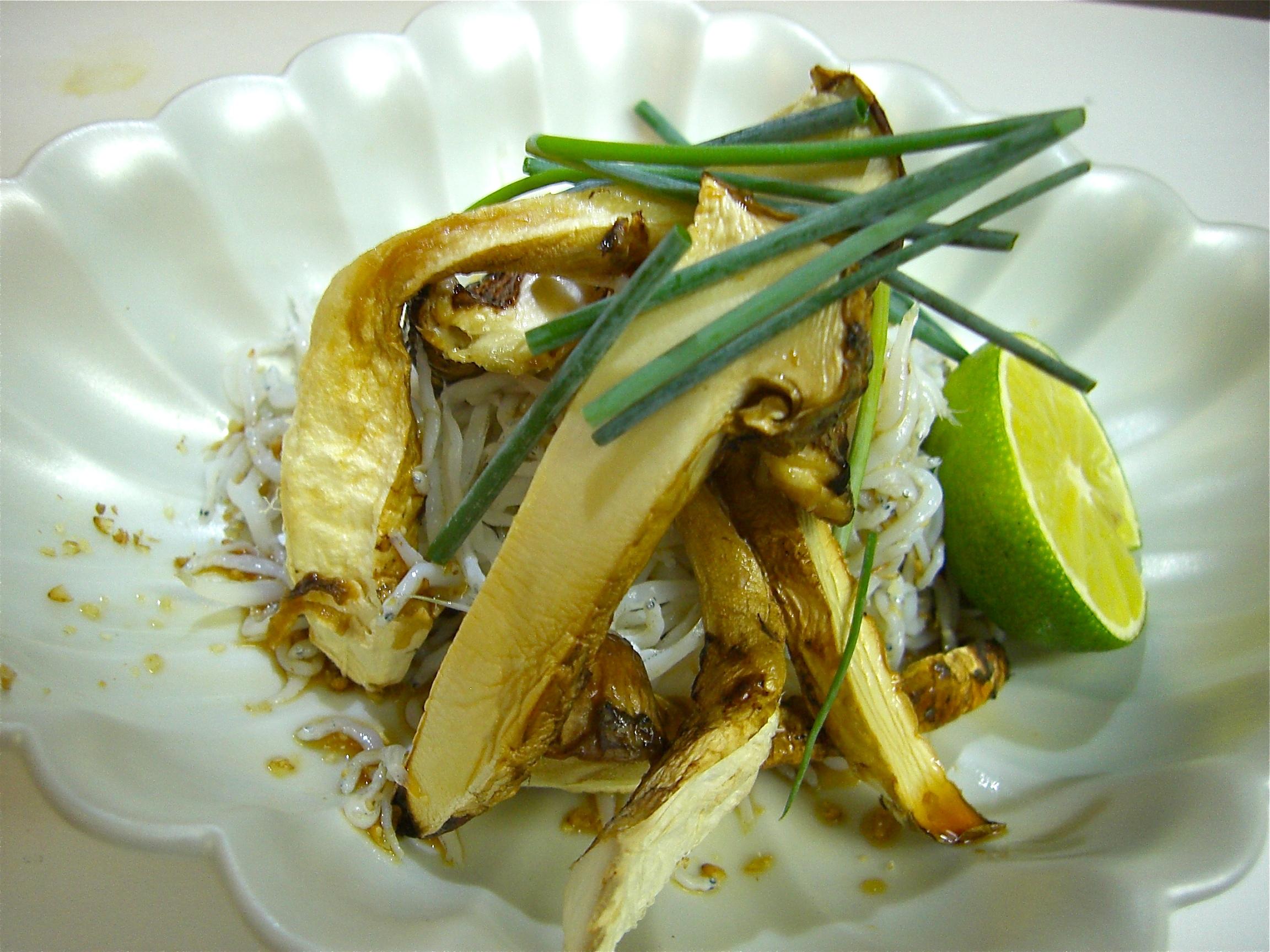 あぶり松茸としらすポン酢(松茸料理5)