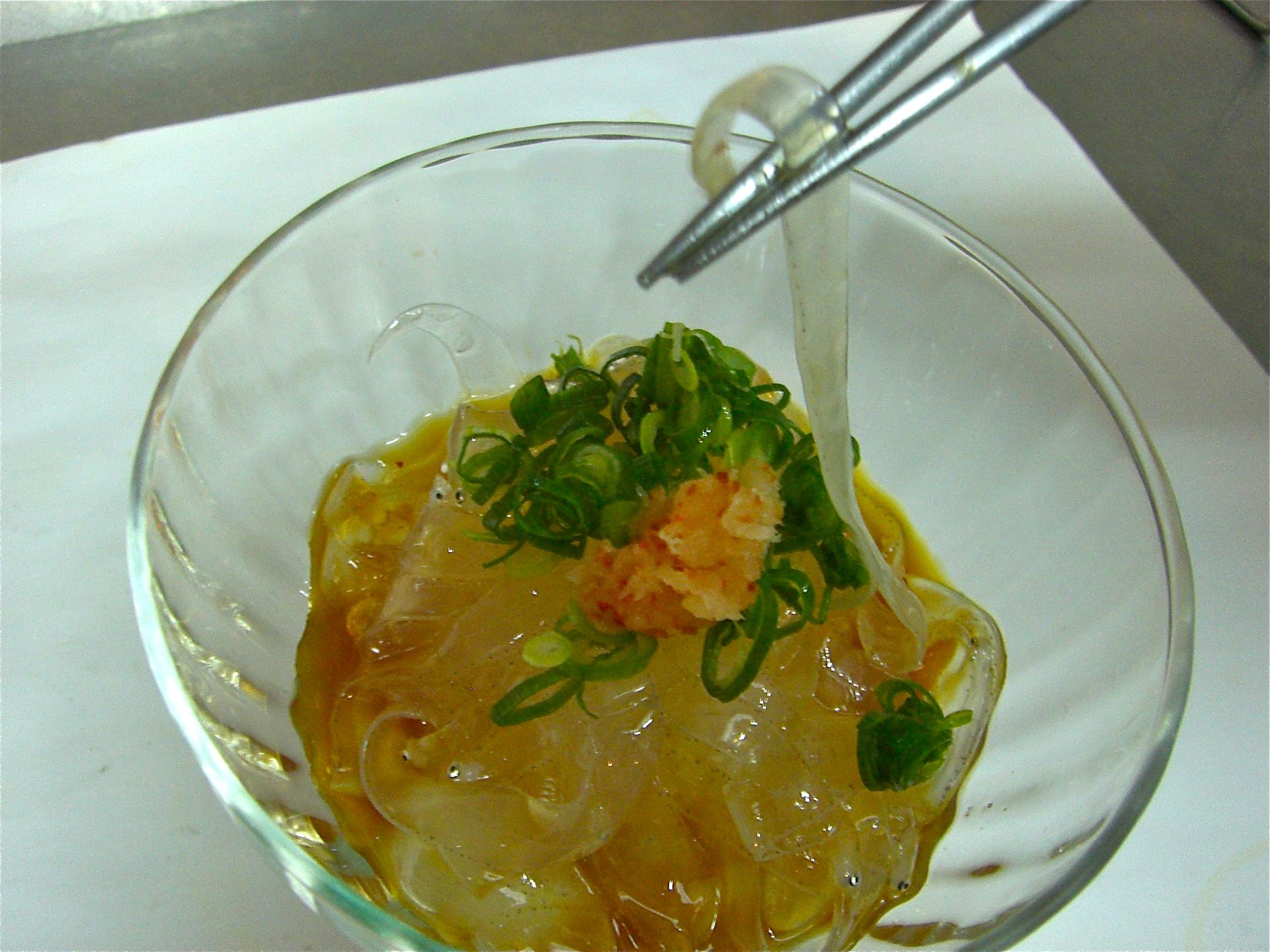 のれそれポン酢(アナゴの稚魚)