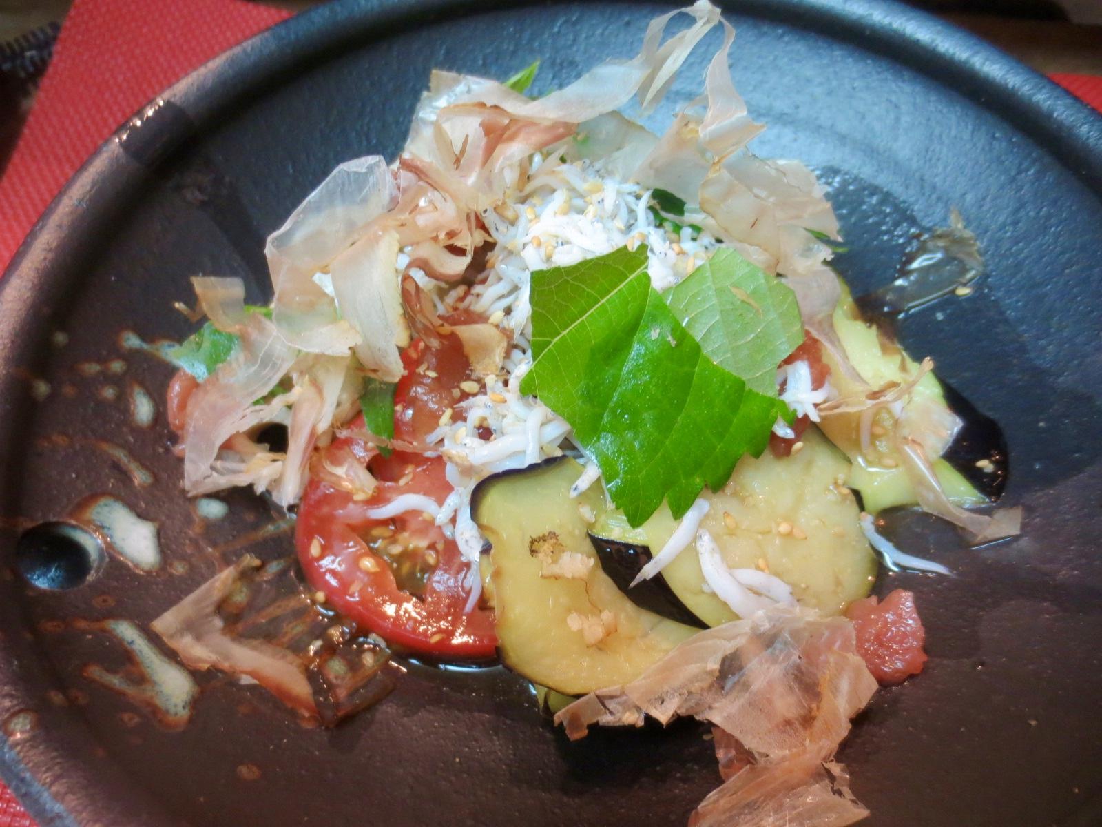 茄子、蓮根、トマト梅入りサラダ